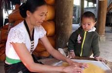 Bánh Khẩu Xén - đặc sản ngày Tết của người Thái Mường Lay