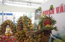 Đắm mình trong không gian chợ quê ở Lễ hội Dừa Bến Tre 2015