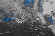 """Phát hiện """"bầu trời xanh"""" và băng đá trên bề mặt sao Diêm Vương"""