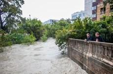 Mỹ: Mưa bão và lốc hoành hành tại Texas, 6 người thiệt mạng