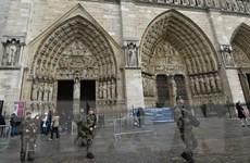 Vấn đề tước quốc tịch khiến chính trường Pháp chia rẽ sâu sắc