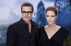 """Angeline Jolie nổi điên, đuổi cổ bảo mẫu vì """"tán tỉnh"""" Brad Pitt"""