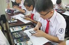 Hơn 440 học sinh thi giải toán trên máy tính cầm tay tại Long An