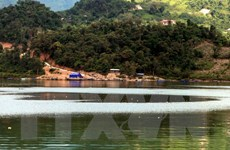 Đắm thuyền trên hồ Sông Đà giữa đêm, 3 người chết và mất tích