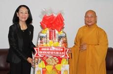 Bà Trương Thị Mai chúc mừng Đại lễ Phật đản tại TP. Hồ Chí Minh