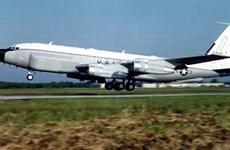 Máy bay do thám chiến lược RC-135V của Mỹ áp sát biên giới Nga