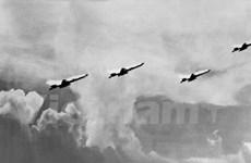 Chiến công đánh thắng trận đầu 1964 - bản hùng ca đi cùng năm tháng