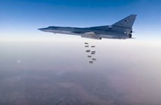 Máy bay ném bom của Nga dùng căn cứ Iran không kích Syria
