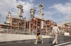 Nga và Iran ký thỏa thuận lắp đặt giàn khoan dầu trị giá 1 tỷ USD