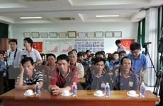 Kịp thời cứu 15 ngư dân Quảng Ngãi bị tai nạn chìm tàu trên biển