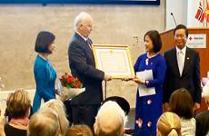 Việt Nam tặng Huân chương Hữu nghị cho Cựu Ngoại trưởng Na Uy