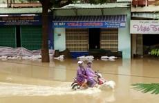 Nam Trung Bộ và Nam Bộ mưa lớn diện rộng, lũ tiếp tục lên