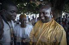 Gambia: Ông Barrow chiến thắng, quân đội chiếm trụ sở ủy ban bầu cử