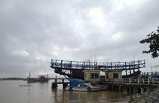 Cửa biển Cửa Đại bị bồi lấp, hàng trăm ngư dân thất nghiệp