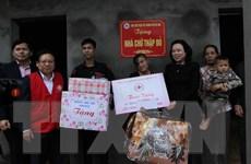 Hội Chữ thập Đỏ Việt Nam chăm lo Tết cho người nghèo trên cả nước