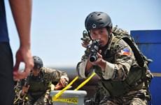 Philippines cho phép dùng bom truy kích phiến quân bắt cóc con tin