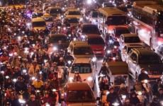Quảng Nam: Ôtô, xe máy kẹt cứng hàng chục kilômét trên Quốc lộ 1A