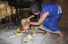 Người Ba Na Kon Tum với nỗi buồn thất truyền nghề gốm thủ công