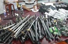 """[Video] Phá đường dây buôn bán vũ khí sát thương """"khủng"""" ở TP.HCM"""