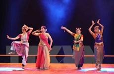 Thưởng lãm những điệu múa cổ Ấn Độ quyến rũ giữa Thủ đô Hà Nội