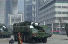 [Video] Triều Tiên dọa sẵn sàng đánh chìm đội tàu sân bay của Mỹ