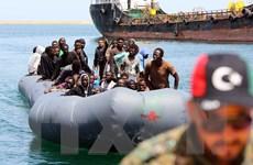 Italy tiếp tục cứu hộ 6.000 người di cư trên biển Địa Trung Hải