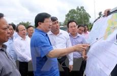 Phó Thủ tướng khảo sát vị trí xây dựng cầu Đại Ngãi qua sông Hậu