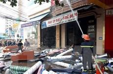 Cửa hàng đệm Kymdan cháy dữ dội, suýt thiêu rụi các nhà lân cận