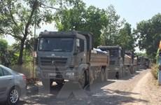 Lần thứ 3 người dân chặn xe tải ra vào mỏ đá tại tỉnh Đồng Nai