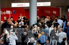 """Phi công tiếp tục """"cáo ốm,"""" Air Berlin hủy 30 chuyến bay một ngày"""