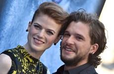 Cặp tình nhân trong 'Game of Thrones' nên duyên vợ chồng ngoài đời