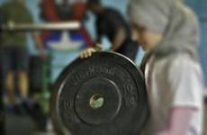 Iran lần đầu tiên cho phép các nữ vận động viên cử tạ thi đấu quốc tế