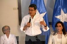 Tổng thống Honduras và đối thủ cùng đồng thời tuyên bố thắng cử