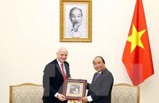 Thủ tướng Nguyễn Xuân Phúc tiếp Chủ tịch Liên đoàn Bóng đá thế giới