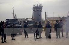 Quân đội Israel phá hủy một di tích lịch sử 100 tuổi ở khu Bờ Tây