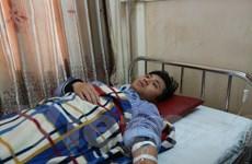 Hà Tĩnh: Bác sỹ bị người nhà bệnh nhân hành hung khi đang cấp cứu
