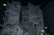 Syria: Nổ lớn làm sập nhà ở Idlib, hơn 90 người thương vong