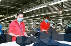 Nền kinh tế Việt Nam được đánh giá cao dù thương mại toàn cầu đình trệ
