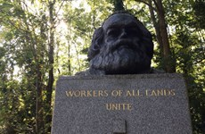 Trung Quốc triển lãm bản thảo gốc của Karl Marx ở Đại học Nam Kinh