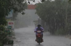 Miền Bắc chấm dứt nắng nóng, chiều tối có mưa dông diện rộng