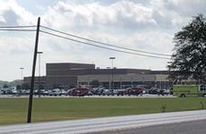 Cảnh sát Mỹ bắt giữ thủ phạm xả súng ở trường trung học Santa Fe