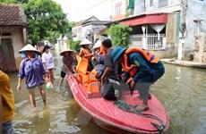 Hà Nội hỗ trợ tối đa giúp người dân vùng ngập ổn định cuộc sống