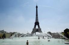 Pháp: Đàm phán không đạt kết quả, tháp Eiffel tiếp tục đóng cửa