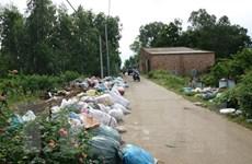 Quảng Ngãi: Huyện Đức Phổ ứ đọng 300 tấn rác bốc mùi hôi thối