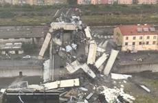 Vụ cầu cạn sập do lốc tại Italy: Ít nhất 22 người thiệt mạng