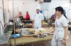 Rò rỉ khí độc, hàng chục công nhân Công ty may KNF Trấn Yên nhập viện