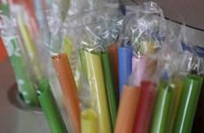 Mỹ: Bang California cấm các nhà hàng dùng ống hút nhựa một lần