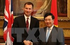Phó Thủ tướng kết thúc tốt đẹp chuyến thăm chính thức Vương quốc Anh