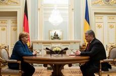 Thủ tướng Đức thăm Ukraine thảo luận về điểm nóng xung đột Donbass