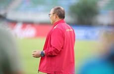Ông Park Hang-seo 'cầu nguyện' trước trận quyết đấu với Myanmar